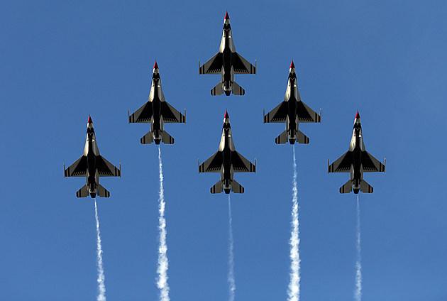 Thunderbird Crash Colorado Springs