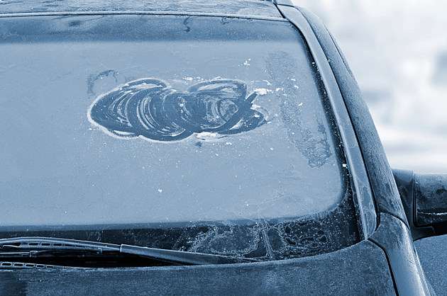 Colorado Drivers: Clear Off Your Windshield or Get a Ticket